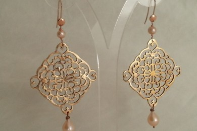 Earrings bronze clay & pearl